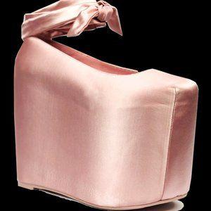 YRU Bae in Pink Size 7